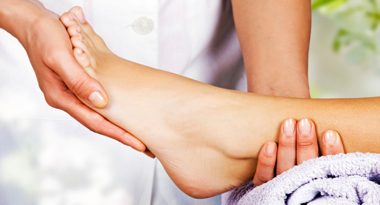 Swelling of the ankles and feet in pregnancy